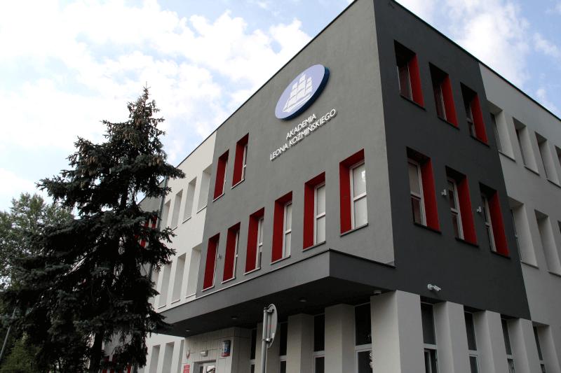 Академія Леона Козьмінського - UniverPL
