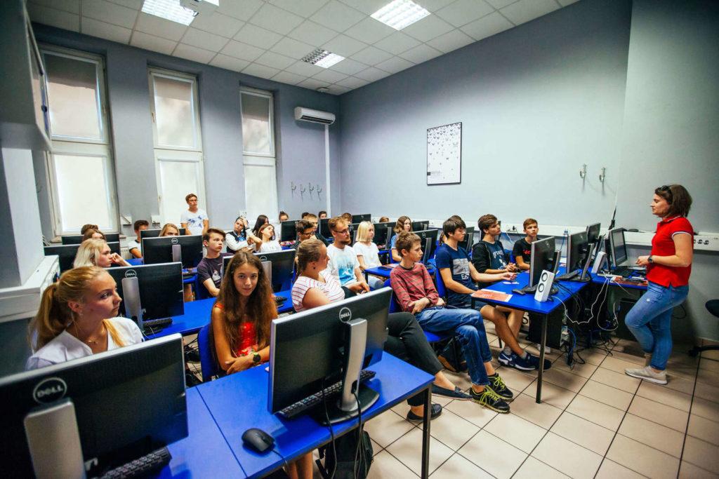 заняття Польсько-Японська Академія Комп'ютерних Технологій