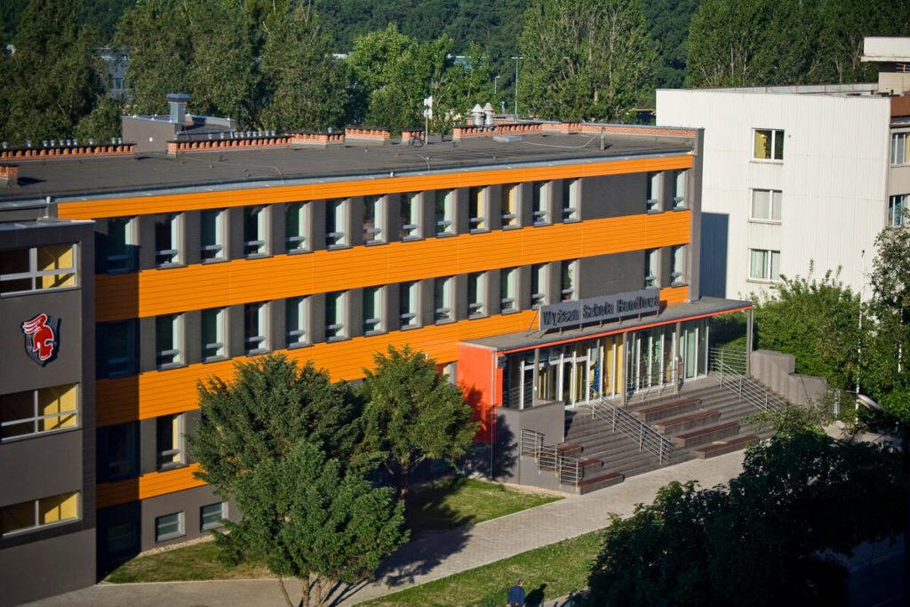 Університет Бізнесу - UniverPL
