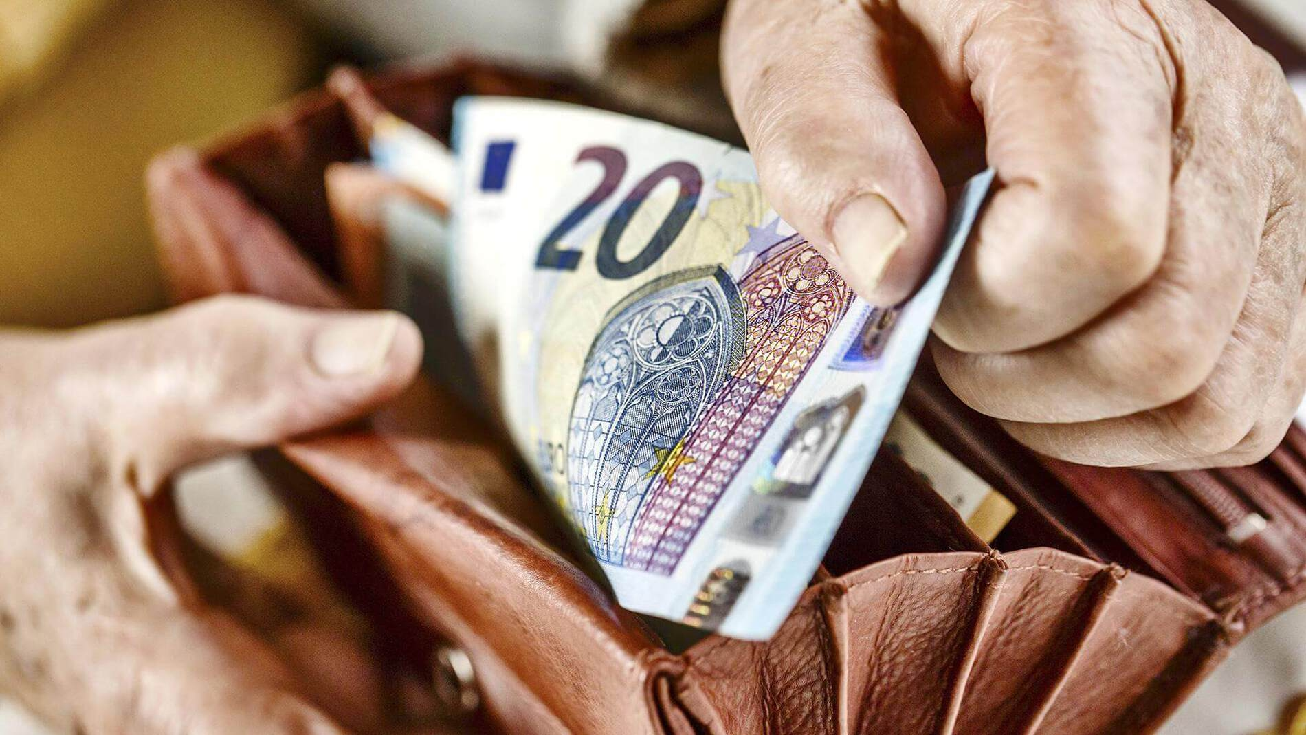 Польша или Украина — где дешевле? Сравниваем цены на обучение - UniverPL