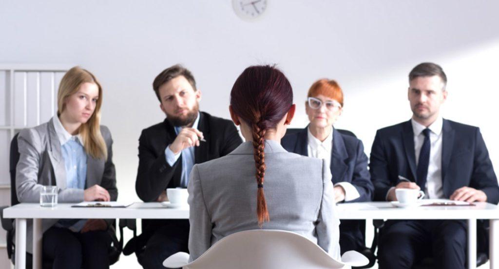 Чи беруть на роботу після приватного університету? Результати польських досліджень - UniverPL