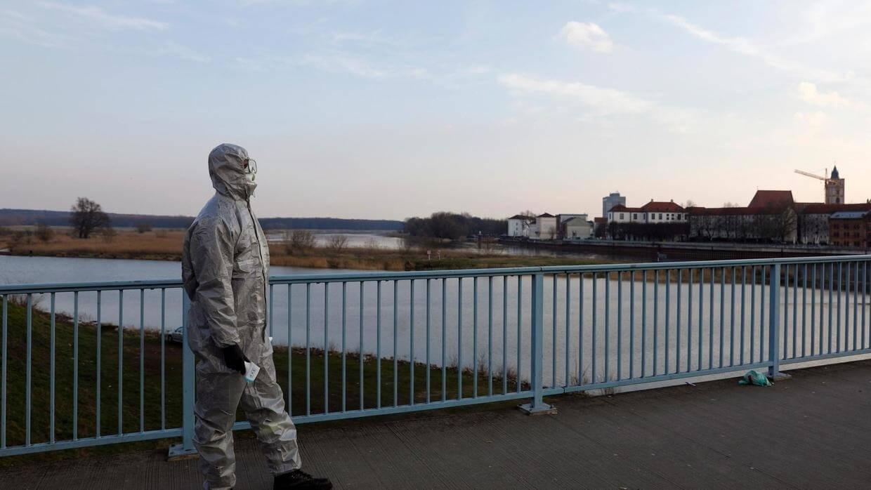 В Польше ввели новые ограничения через коронавирус - UniverPL