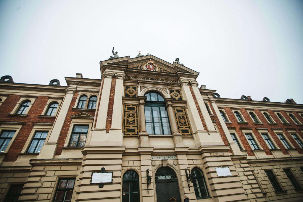 Когда в польских вузах начнется обучение: расписание - UniverPL