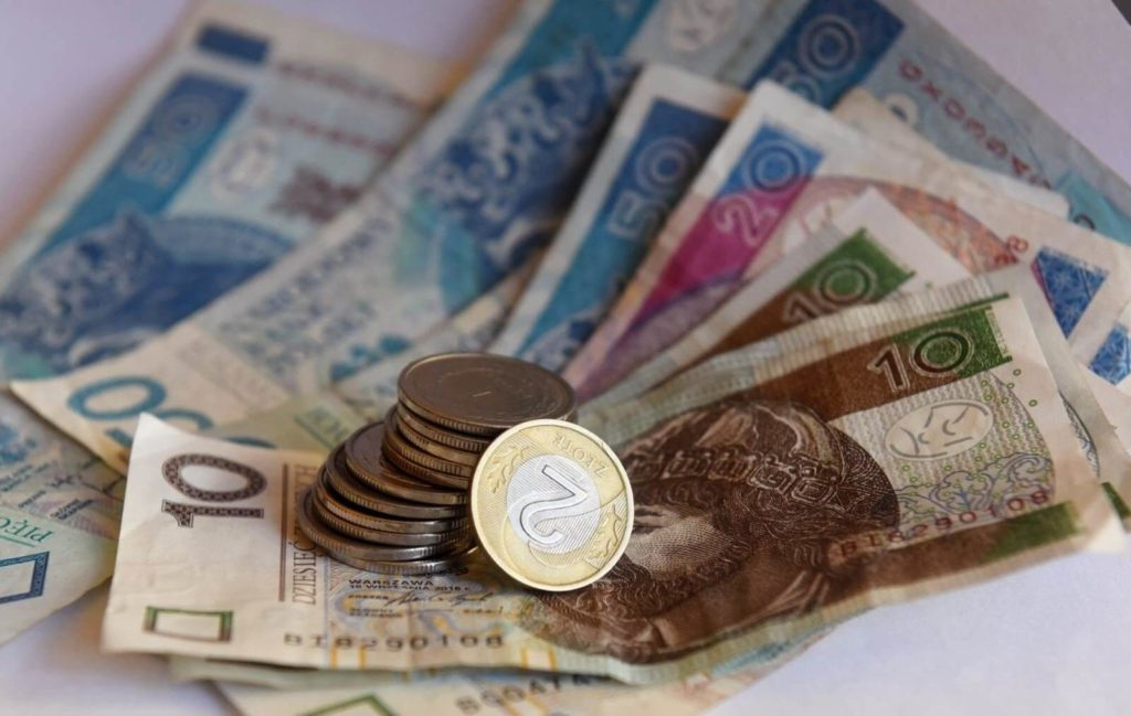 Выпускники каких польских вузов зарабатывают больше всех? - UniverPL