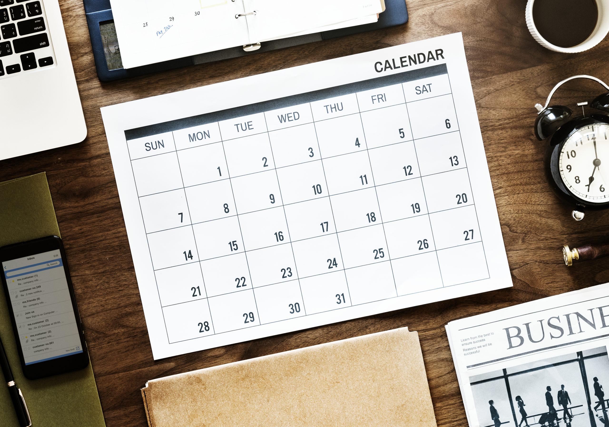 PL: период обучения и выходные у студентов - UniverPL